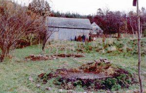 09 - Nous allons pouvoir couvrir la hutte